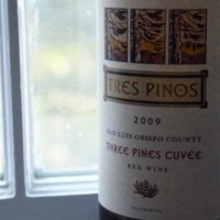Tres Pinos 2009 Red Wine
