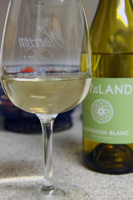 Lay of the Land Sauvignon Blanc 2015